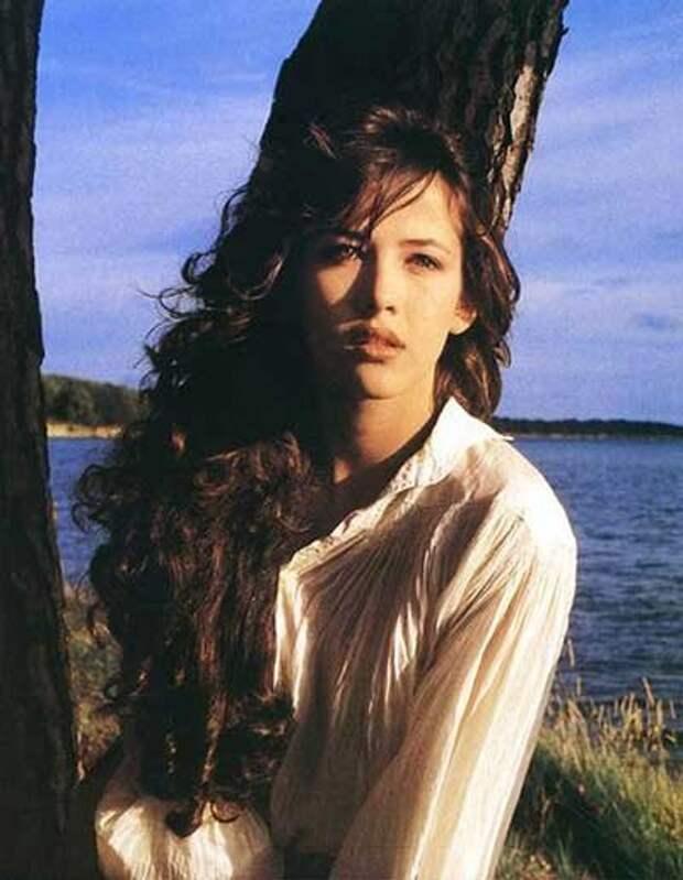 Фотографии самой красивой и чувственной актрисы молодой Софи Марсо.