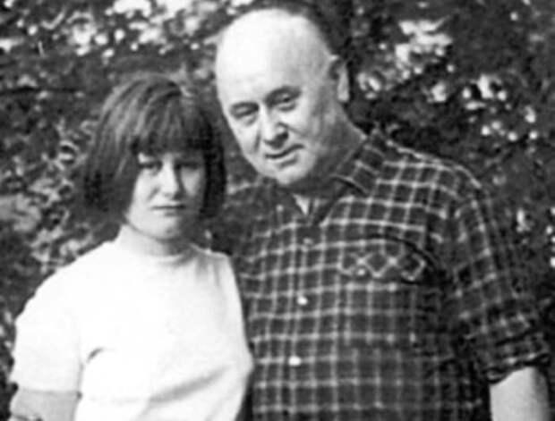 С днём рождения, Дарья Донцова
