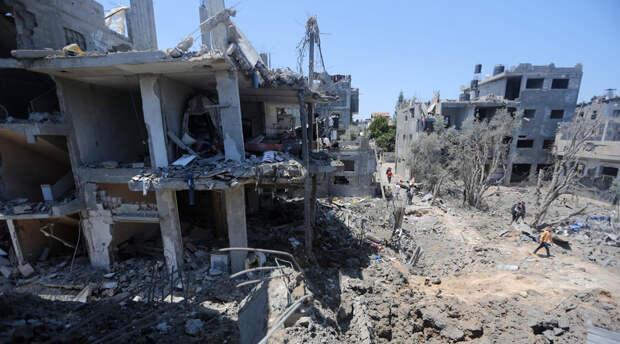 Ракеты из Сектора Газа довели израильский порт до пожара