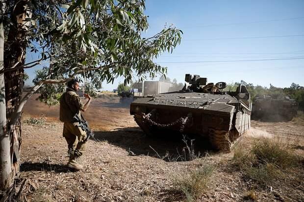 Израиль заявил об ударе по домам и офисам членов ХАМАС в секторе Газа