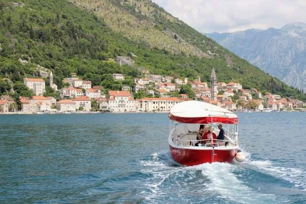 Черногория: все о стране, города, места, люди, еда, острова, фауна, поездка, связь