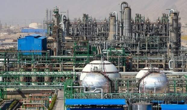 13 нефтехимических проектов запустит Тегеран доконца текущего иранского года