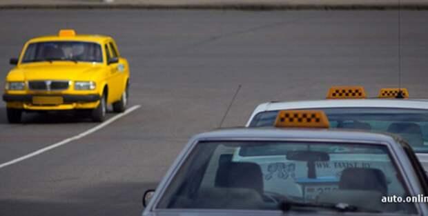 Бобруйские налоговики за сентябрь нашли девять таксистов-нелегалов.