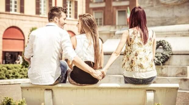 Как понять, что мужчина вам изменяет: шпаргалка для сомневающихся