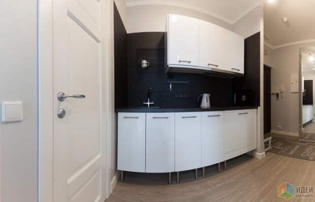 Кухня IKEA Фактум с фасадами белый глянец.