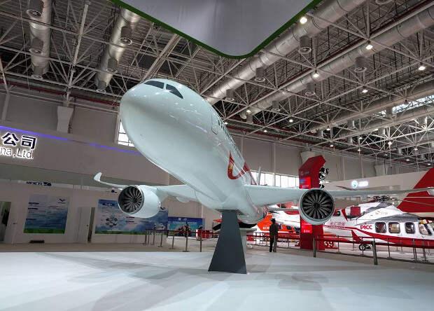 В Чжухае показали российско-китайского конкурента Boeing 777
