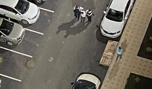 Пьяный мужчина вРостове открыл стрельбу пособакам идетям вкрупном жилом районе