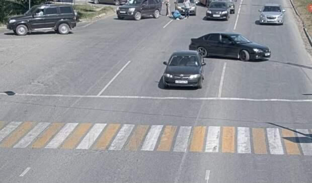 Один вбольнице, второй под следствием: тагильские водители устроили драку надороге