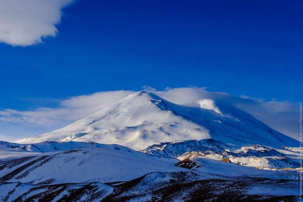 Потерявший зрение блогер хочет покорить самую высокую вершину Европы – Эльбрус. Иван Ершов просит: «Поверьте в меня!»