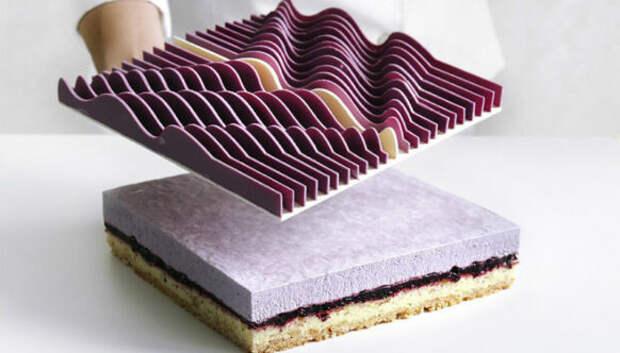 Сладкая геометрия: девушка-архитектор из Украины печет торты с помощью 3D-принтера