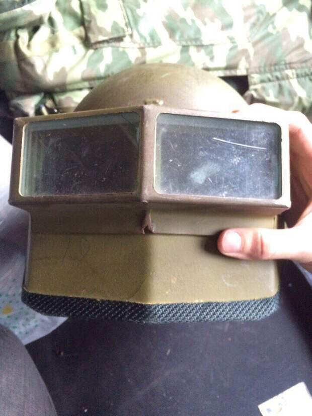 Штурмовой шлем Витязь-С для российских силовиков 90-х годов