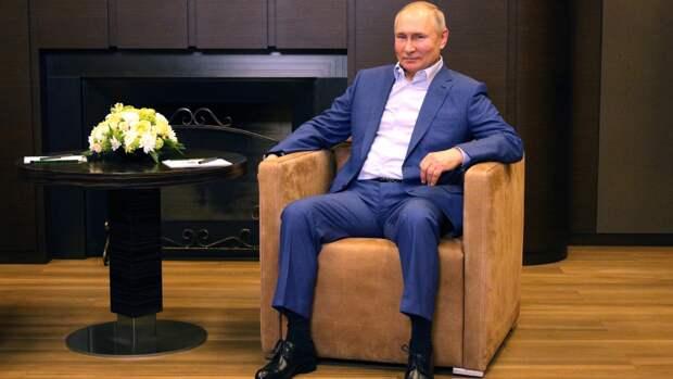 Путин описал свои ощущения после вакцинации от COVID-19