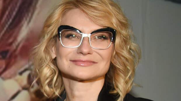 Эвелина Хромченко показала модную замену леопардовому принту