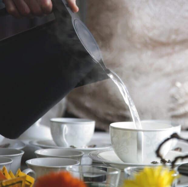 Накипь в чайнике несет вред для здоровья!