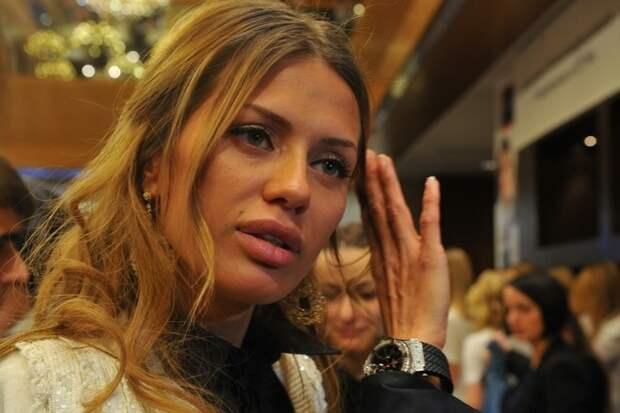 «Женская зависть»: Боня предположила, почему ее ненавидит Собчак