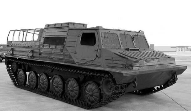 Гусеничный транспортер-тягач ГТ-ТМ, 1990-е годы