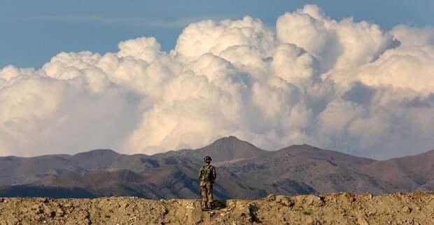 Афганистан без США, но с талибами: почему Байден выводит войска и чем это грозит России