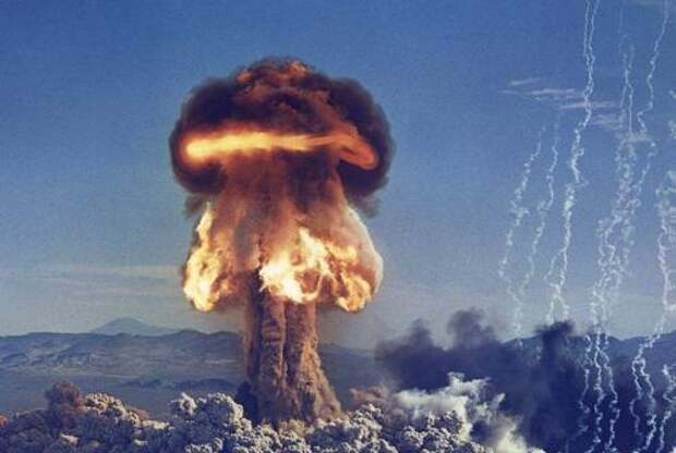 америка, бомба, aliens, пришелец, b-2 spirit