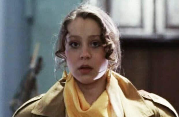 кадр из фильма «Хочу вашего мужа». 1992