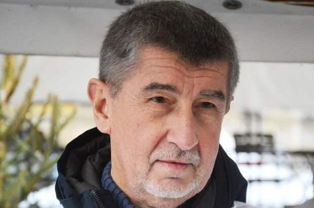 Премьер Чехии призвал страны Евросоюза высылать российских дипломатов