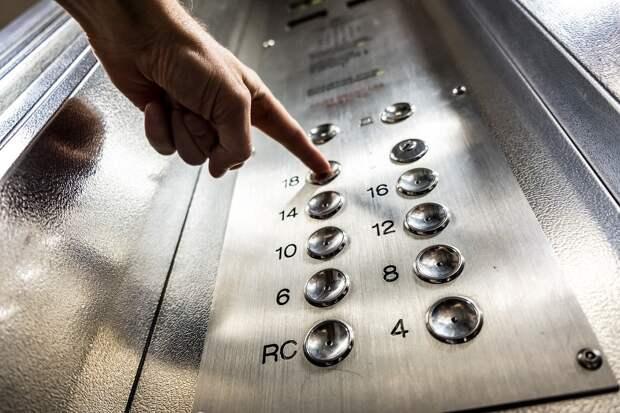 В Удмуртии предложили разработать федеральную программу по замене лифтов в домах