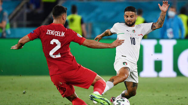 Италия разгромила Турцию в первом матче Евро-2020