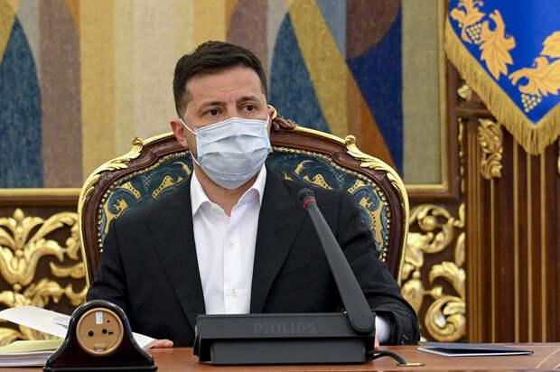 Зеленский попросил украинцев летать в Турцию вместо россиян