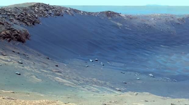 NASA опубликовало потрясающие кадры поверхности Марса (ВИДЕО)