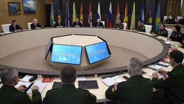 Минобороны РФ открыло раздел об освобождении Литвы в годы Второй мировой войны