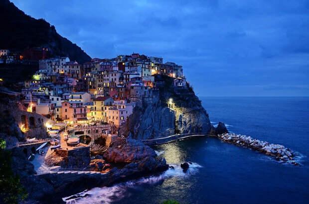 Италия поэтапно снимает антиковидные ограничения