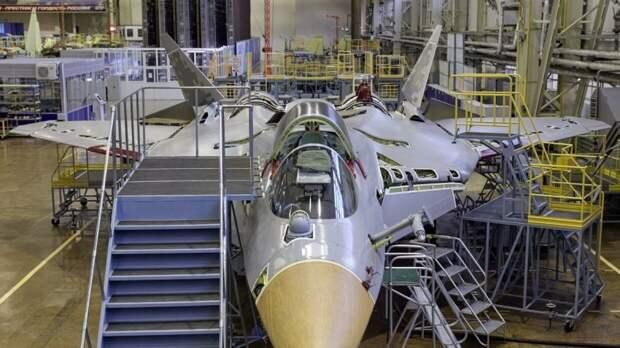 Стали известны сроки передачи первого серийного истребителя СУ-57