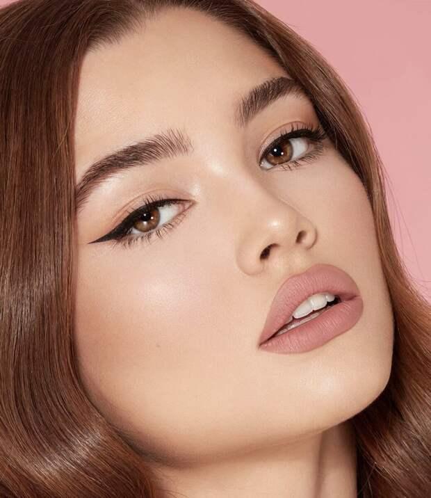 3 вида стрелок, которые увеличивают глаза, омолаживают взгляд и делают макияж аккуратным