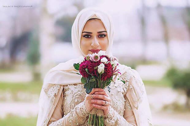 Ослепительно красивые невесты в хиджабах