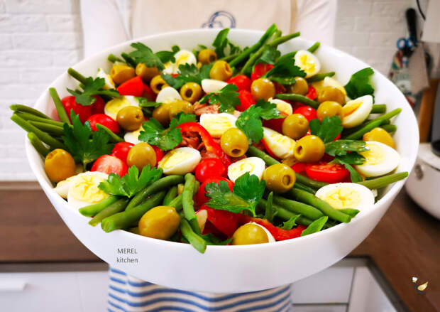 Рецепт очень вкусного ресторанного салата Нисуаз: дома его приготовить легко и быстро