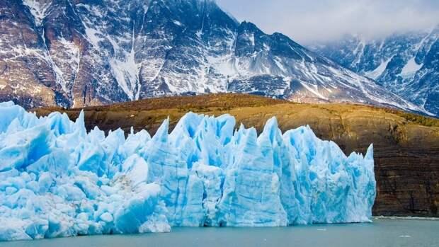 Ученые из Германии и Британии предсказали ускорение таяния щита Гренландии