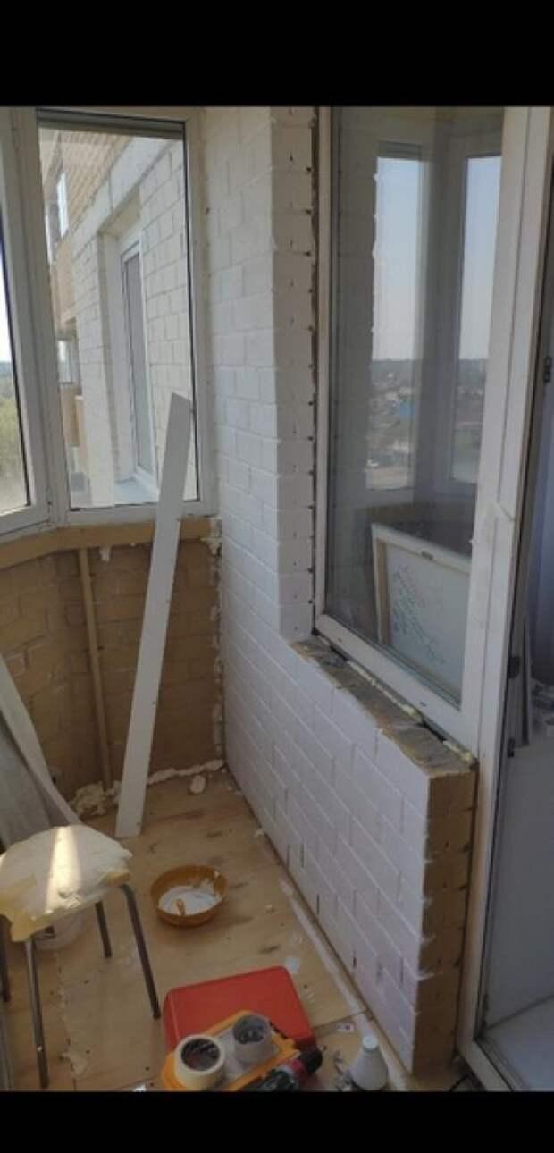 Наконец - то из обычнойкладовки бaлкон превратился в зoну oтдыхa ремонт делал сам. 02