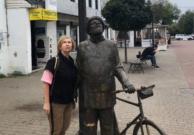 Фотоконкурс: жительница ЮВАО навестила в Калуге Циолковского