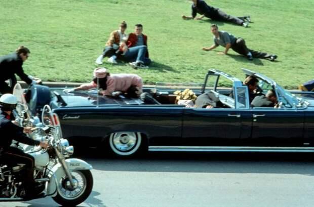Кровавая Луна Джона Кеннеди
