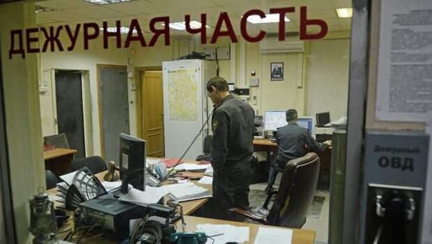 Ночью около метро «Кузьминки» избили и ограбили прохожего