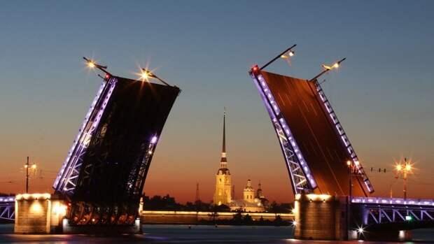 Праздничный салют в честь Дня города в Петербурге не состоится