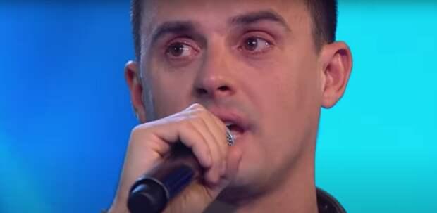 Слезы рассекреченного Туриченко растрогали зрителей шоу «Маска»