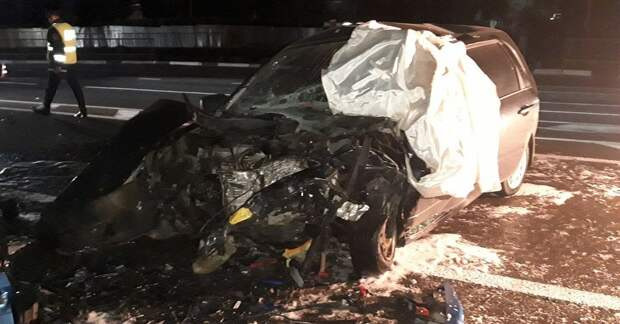 Полиция проводит проверку по факту смертельного ДТП, в котором погиб водитель