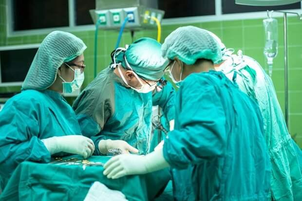 Врачи Боткинской больницы достали из пищевода пациентки зубную щетку Фото с сайта pixabay.com