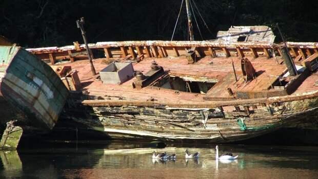 РФ займется чисткой «кладбища затонувших кораблей» в Арктике