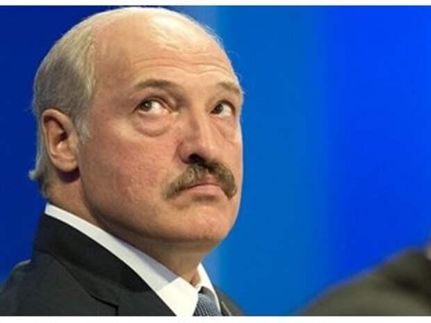 Почему Запад не торопится свергать Лукашенко