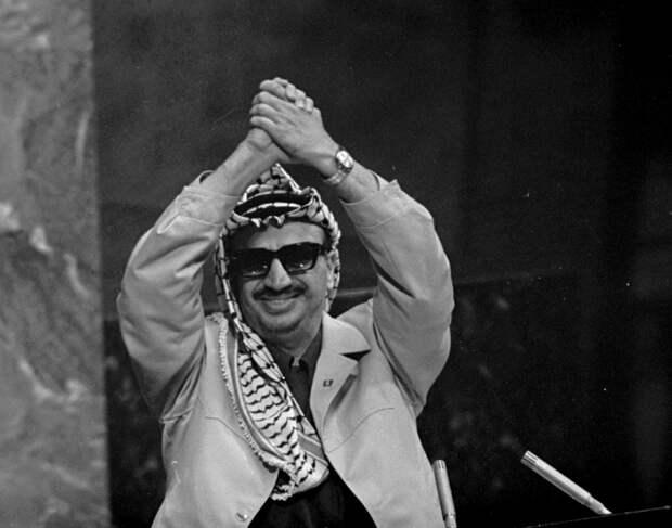 Ясир Арафат во время выступления в ООН - РИА Новости, 1920, 29.09.2020