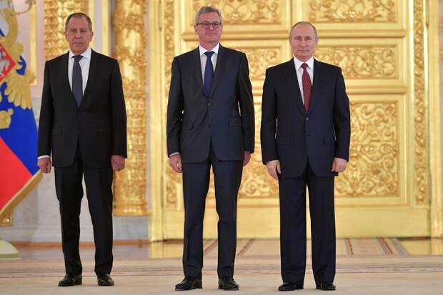 Москва объявила австрийского дипломата персоной нон-грата