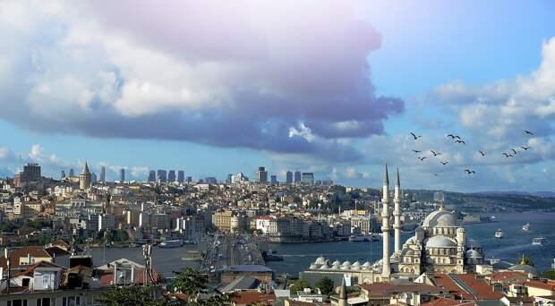 Из-за коронавируса Стамбул могут закрыть для посещения