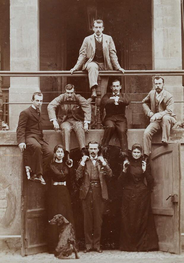 9 самых идиотских фотографий с Николаем II