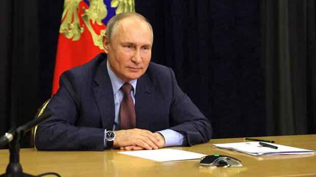 Великолепная пятерка. Путин лично продиктовал начало списка кандидатов Единой России